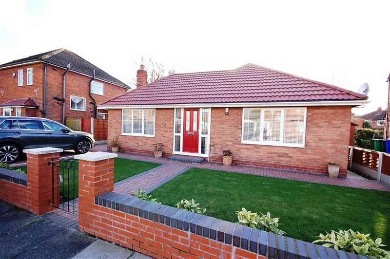 2 Bedrooms Detached Bungalow for sale in Morrell Road, Northenden, Manchester, M22