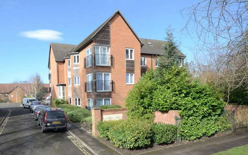 2 Bedrooms Apartment Flat for sale in Burton Croft, 69 Burton Stone Lane, York, YO30