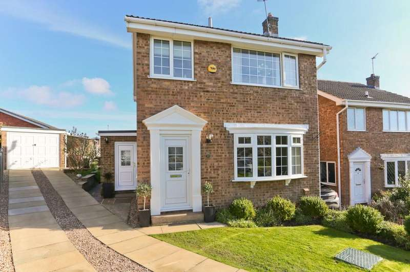 3 Bedrooms Detached House for sale in Sinclair Garth, Sandal
