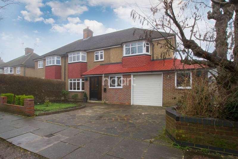 4 Bedrooms Semi Detached House for sale in Hillingdon Road, Watford, WD25
