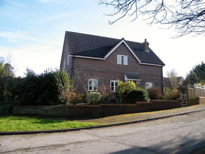 4 Bedrooms Property for sale in Hillside Close, Heddington, Calne