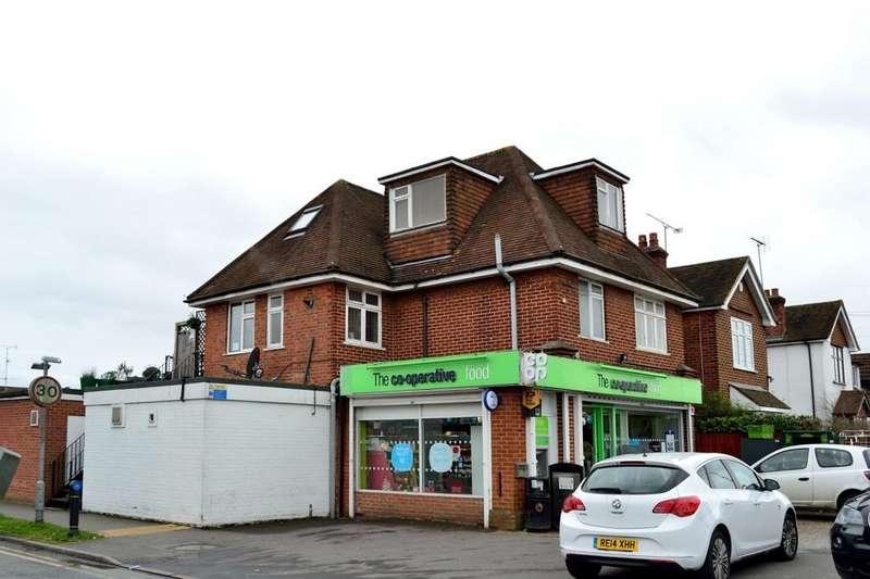 2 Bedrooms Maisonette Flat for sale in Wokingham Road, Earley, Reading, Berkshire, RG6 7JB