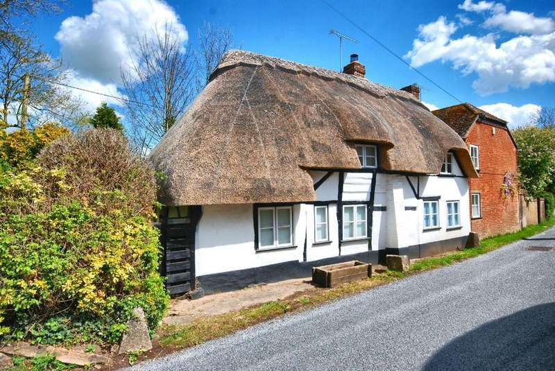2 Bedrooms Parking Garage / Parking for sale in Rockbourne, Fordingbridge, Hampshire, SP6