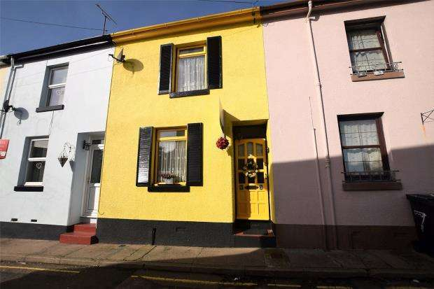 2 Bedrooms Terraced House for sale in Brent Road, Paignton, Devon