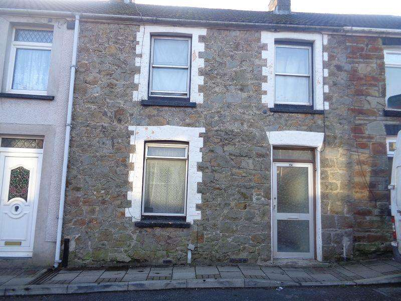 3 Bedrooms Terraced House for sale in West Street, Aberkenfig, Bridgend, Bridgend.