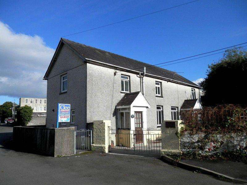 3 Bedrooms Detached House for sale in Llandingat Terrace, Llandovery, Carmarthenshire