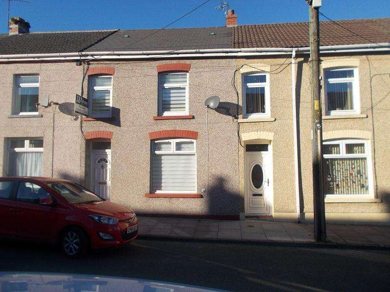 3 Bedrooms Terraced House for sale in Roman Road, Banwen, Neath, Neath Port Talbot.
