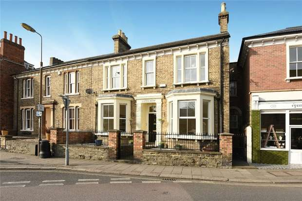 4 Bedrooms Semi Detached House for sale in Mill Street, Bedford