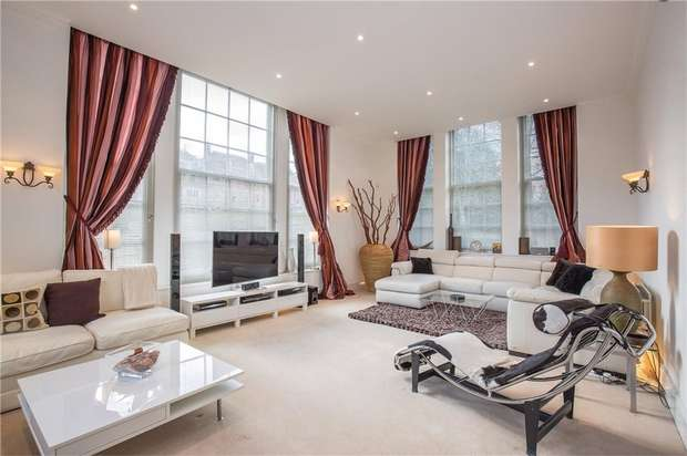 3 Bedrooms Flat for sale in Littleberry Court, St Vincents Lane, Mill Hill, London