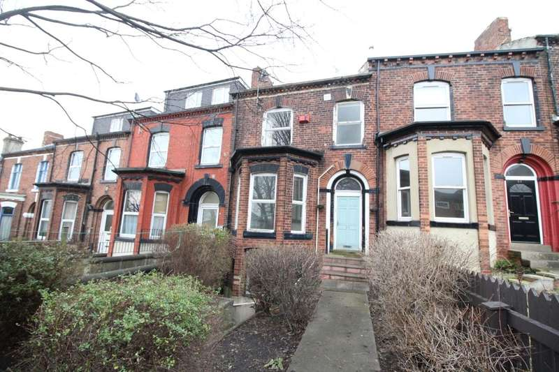 3 Bedrooms Property for sale in Cemetery Road, Leeds, LS11