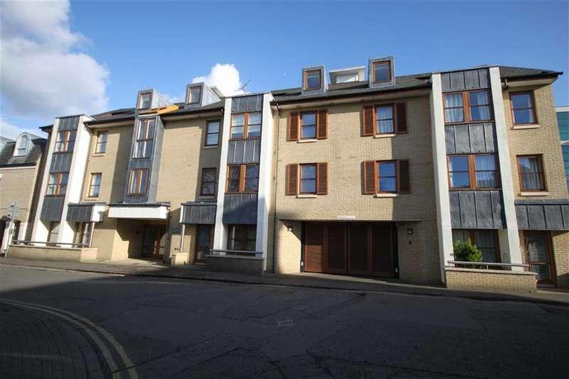 2 Bedrooms Property for sale in Garden Court, Cambridge