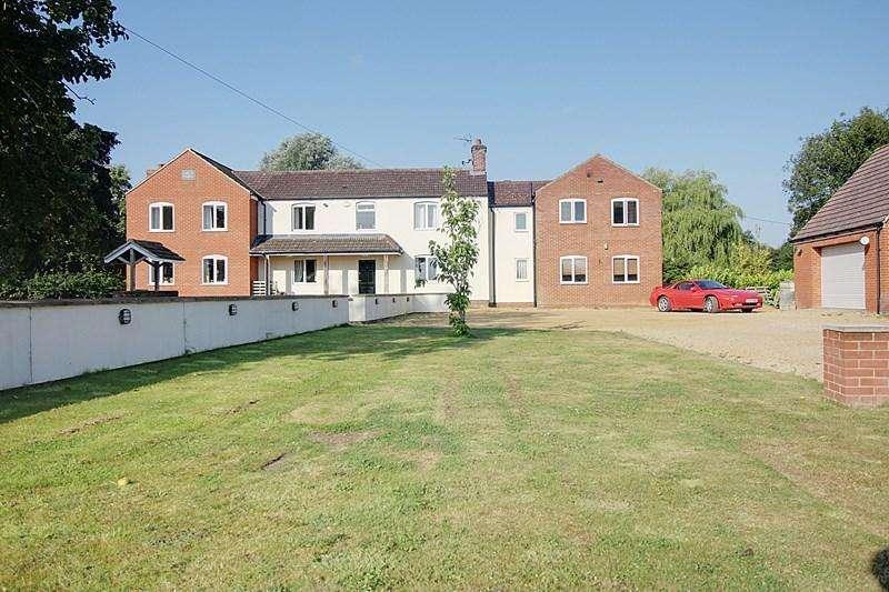 6 Bedrooms Detached House for sale in Podmore Lane, Scarning, Dereham