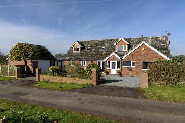 4 Bedrooms Detached Bungalow for sale in Freshwinds, Wem Road, Clive, Shrewsbury