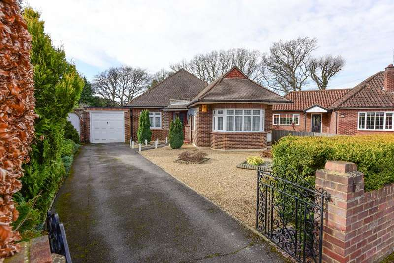 4 Bedrooms Detached Bungalow for sale in The Furrows, WALTON ON THAMES KT12