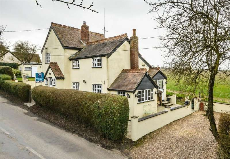 4 Bedrooms Detached House for sale in Rainbow Cottage, Crooks End, Helions Bumpstead