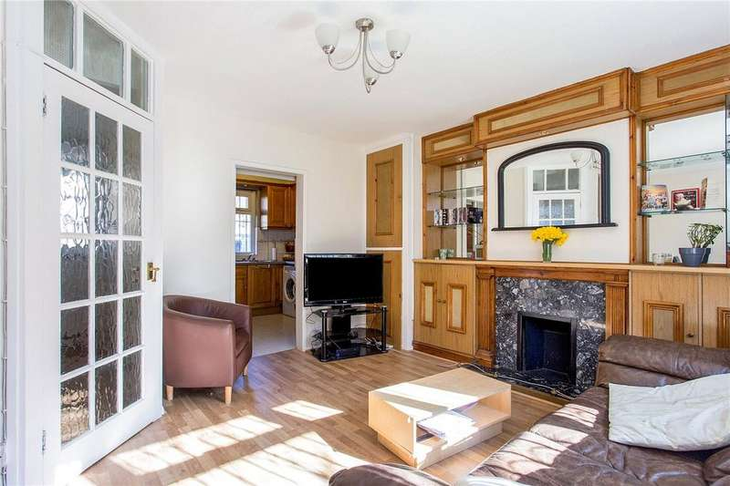 3 Bedrooms Maisonette Flat for sale in John Kennedy Court, Newington Green Road, London, N1