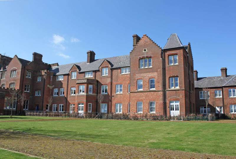 2 Bedrooms Apartment Flat for sale in Blewbury Court, Cholsey