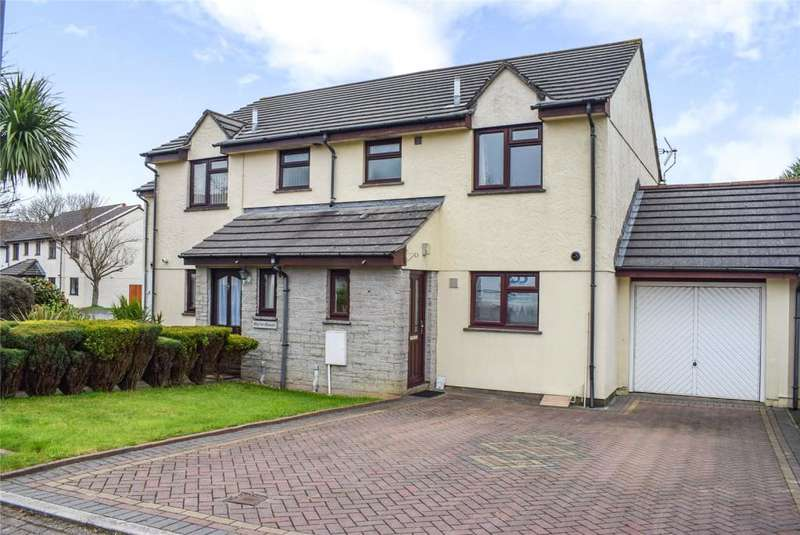 3 Bedrooms Semi Detached House for sale in Seneschall Park, Helston, Cornwall