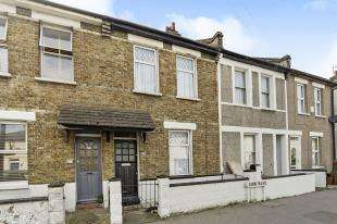 2 Bedrooms Terraced House for sale in Zion Road, Thornton Heath