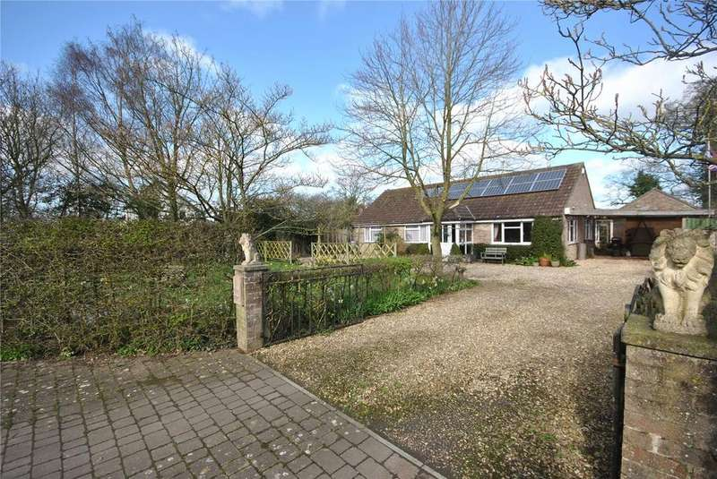 3 Bedrooms Bungalow for sale in Three Gates, Leigh, Sherborne, DT9
