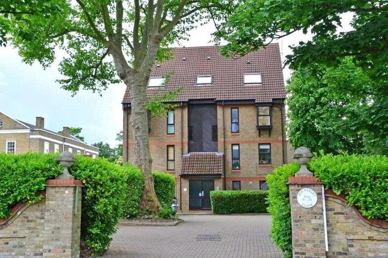 Studio Flat for sale in Wycherley Close, Blackheath, London, SE3