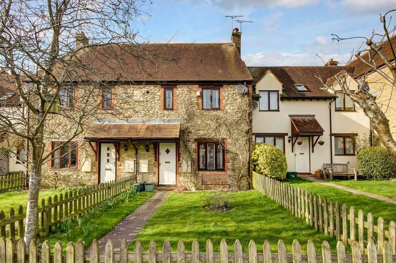 3 Bedrooms Terraced House for sale in Combes Close, Faringdon, SN7