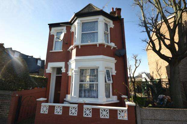3 Bedrooms Detached House for sale in Cunliffe Street, London, SW16
