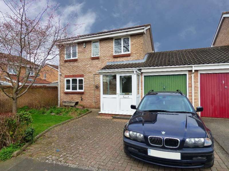 3 Bedrooms Detached House for sale in Fakenham Drive, Bobblestock, Hereford