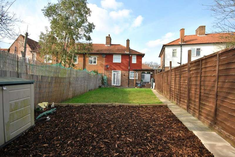 3 Bedrooms End Of Terrace House for sale in Shroffold Road Bromley BR1