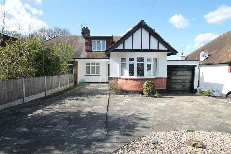 4 Bedrooms Bungalow for sale in Exford Avenue