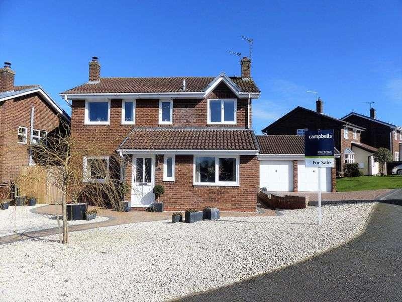 4 Bedrooms Detached House for sale in Sanders Close, Braunston, NN11 7JW