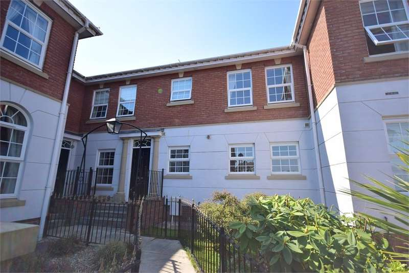 4 Bedrooms Town House for rent in Weavers Close, Lytham St Annes, FY8