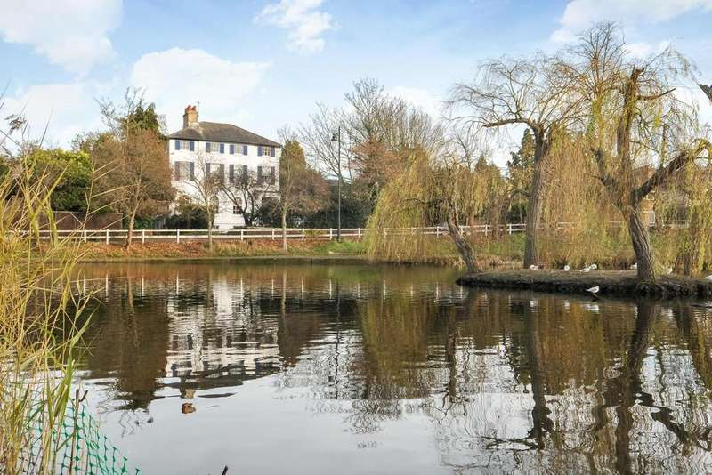 3 Bedrooms Flat for sale in Heathfield Lane, Chislehurst, BR7