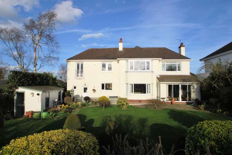 3 Bedrooms Detached House for sale in Kirkfield Close, Cawthorne, Barnsley