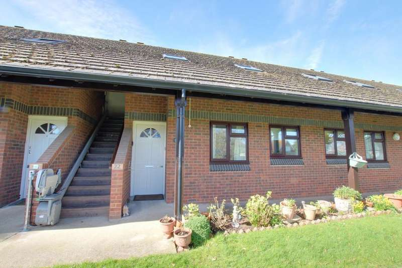 2 Bedrooms Retirement Property for sale in Hayling Island