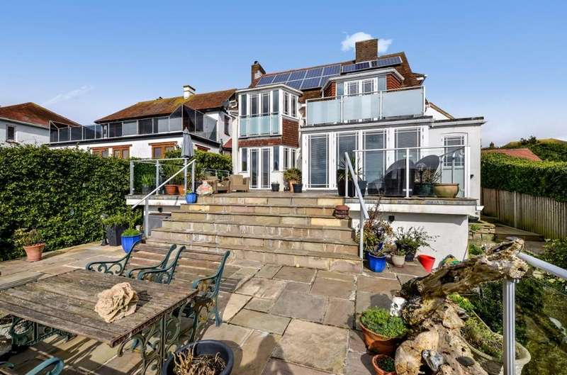 3 Bedrooms Detached House for sale in Roedean Road Brighton BN2