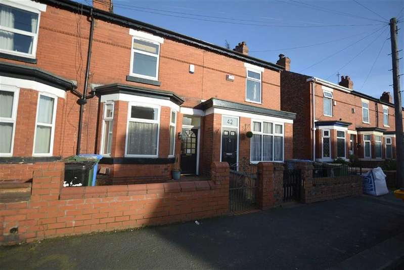 2 Bedrooms Terraced House for sale in Firwood Avenue, URMSTON, Manchester