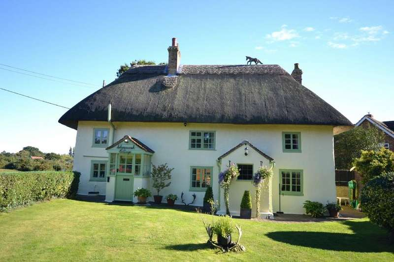 3 Bedrooms Detached House for sale in Norley Wood Road, East End, Lymington, Hampshire, SO41