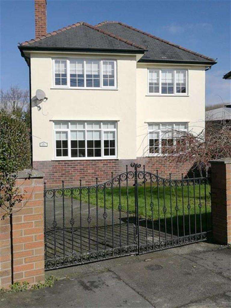 3 Bedrooms Detached House for sale in Eryl, Erw Wen, Welshpool, Powys, SY21