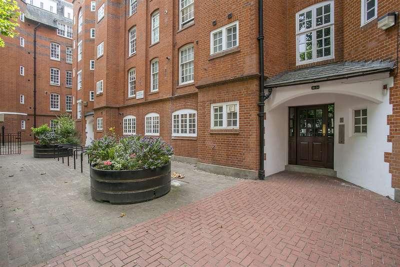 1 Bedroom Flat for sale in Hogarth House, Erasmus Street, Westminster, London SW1P