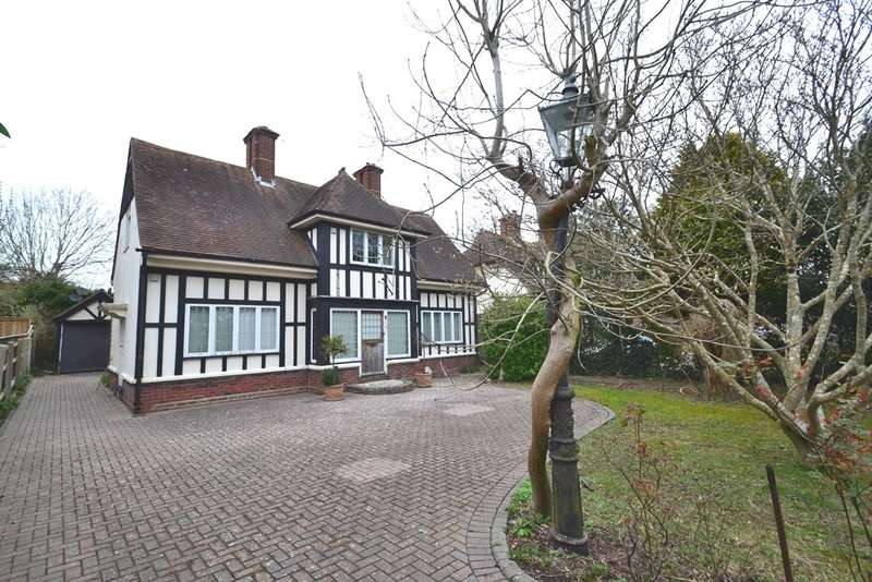 3 Bedrooms Detached House for sale in Weymouth