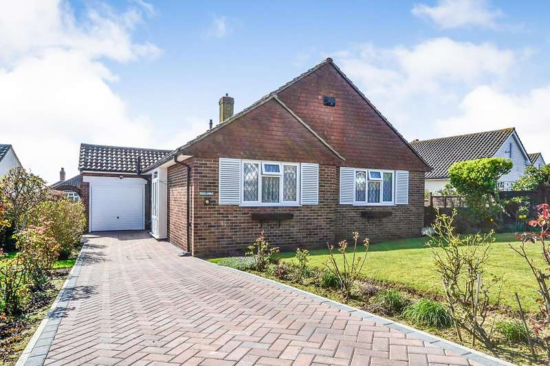 2 Bedrooms Detached Bungalow for sale in Rookhurst Road, Bexhill On Sea, TN40