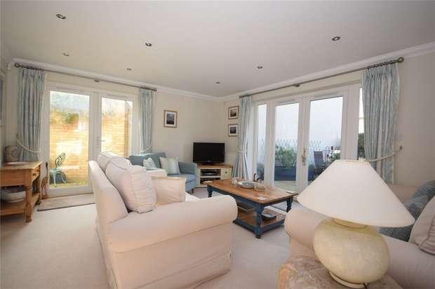 2 Bedrooms Flat for sale in Sycamore House, Grange Avenue, Twickenham
