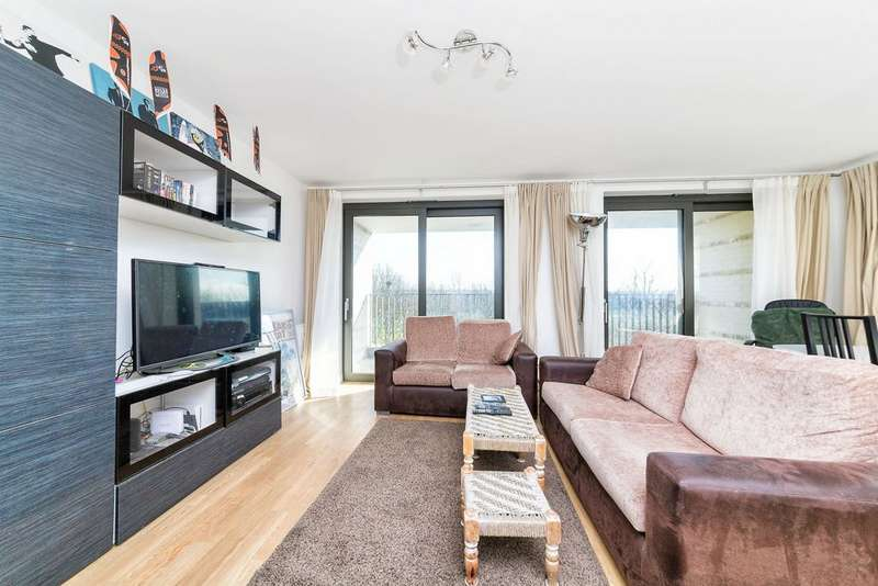 3 Bedrooms Apartment Flat for sale in Kingfisher Heights, Bramwell Way, Silvertown, E16