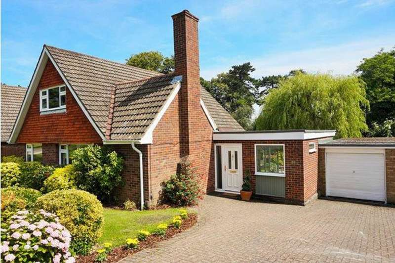 4 Bedrooms Detached Bungalow for sale in Wrensfield, Hemel Hempstead