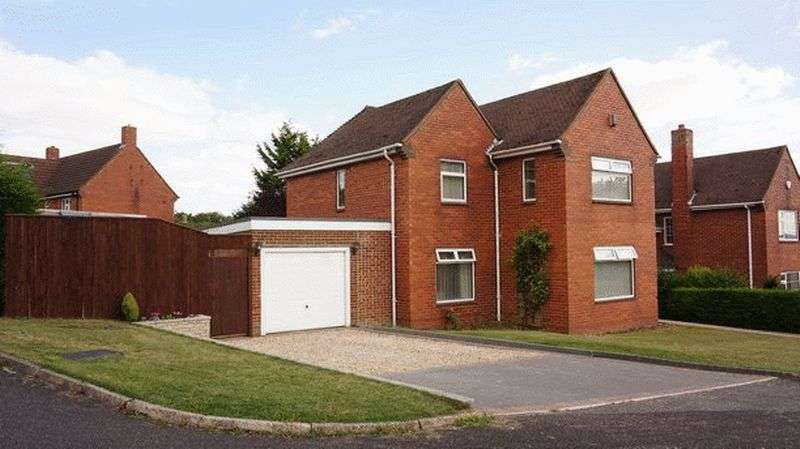 3 Bedrooms Detached House for sale in Chichester Road, Binbrook, Market Rasen
