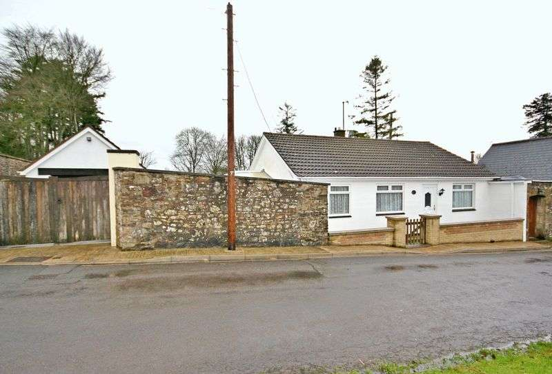 2 Bedrooms Detached Bungalow for sale in Common Lane, Holcombe