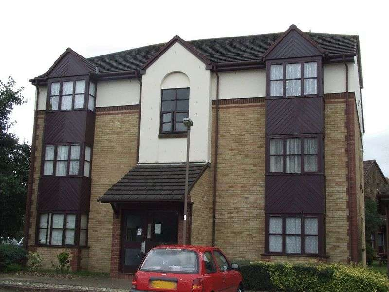 Flat for sale in Foxglove Way, WALLINGTON