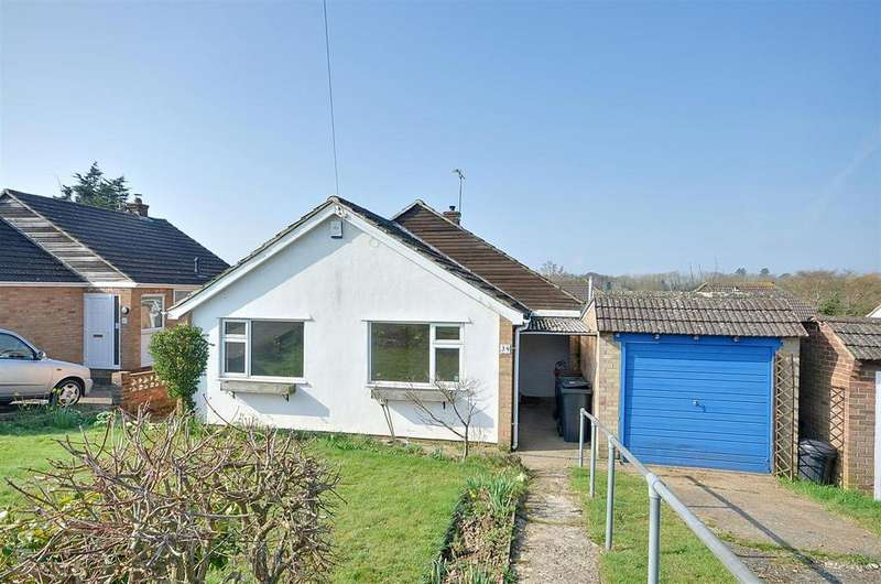 2 Bedrooms Bungalow for sale in Wayside Avenue, Tenterden