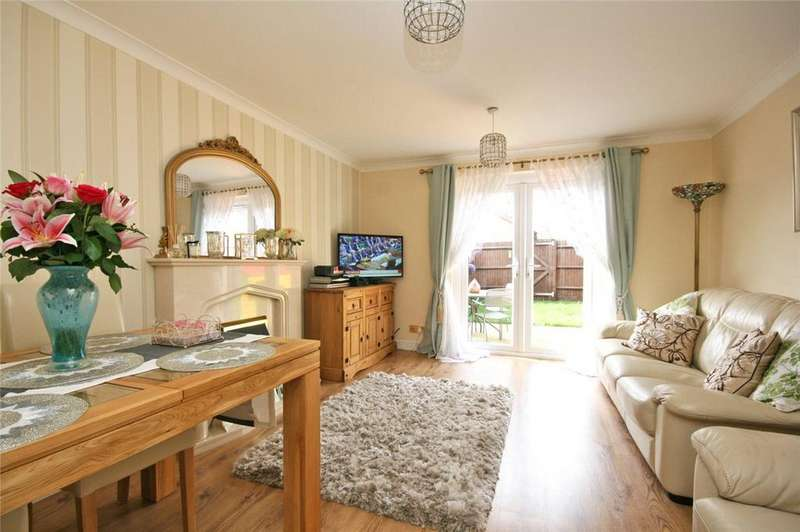 2 Bedrooms Terraced House for sale in Ludwick Way, Welwyn Garden City, Hertfordshire